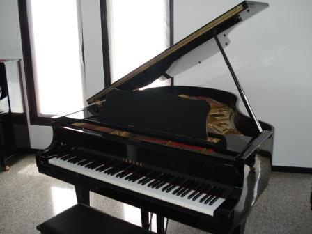 PIANOFORTE A CODA YAMAHA C3- USATO- OCCASIONE!!!