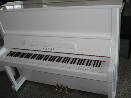 KAWAI PIANOFORTE BIANCO-OCCASIONE(PIANOFORTI MILANO-PIANOFORTI USATI-PIANOFORTI RIGENERATI-PIANOFORTI GARANTITI-PIANOFORTI RICONDIZIONATI-CONSEGNA IN TUTTA ITALIA!!)