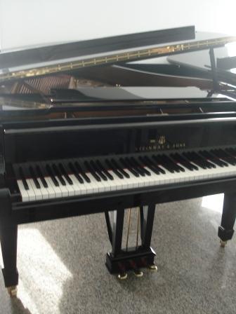 """PIANOFORTE A CODA """"STEINWAY & SONS""""- USATO- OCCASIONE!!"""