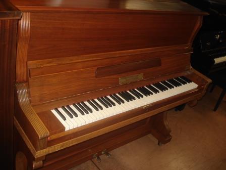 """Pianoforte """"Tedesco""""-  Usato """"KRAUSE & DRESS""""- Occasione- Noce satinato!!"""