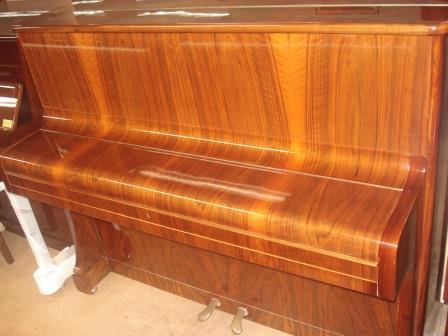 PIANOFORTE NOCE CON VENATURE LEGNO