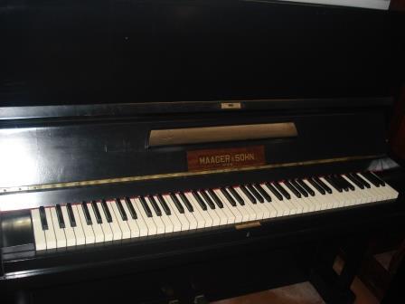 "PIANOFORTE VERTICALE USATO ""MAAGER & SOHN""- VIENNESE!!"