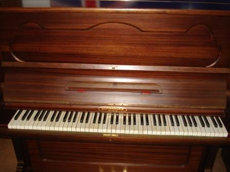 """PIANOFORTE FRANCESE """"SCHWANDER""""-PARIS-OCCASIONE-USATO-GARANTITO- PIANOFORTI USATI A VENEZIA- TREVISO-PORDENONE-PADOVA- PIANOFORTI USATI A SAN DONA' DI PIAVE(VE)-Pianoforti in Sicilia da Longato Pianoforti( www.longatopianoforti.it)- Pianoforti in Sardegna da Longato Pianoforti  Noventa di Piave(ve)."""