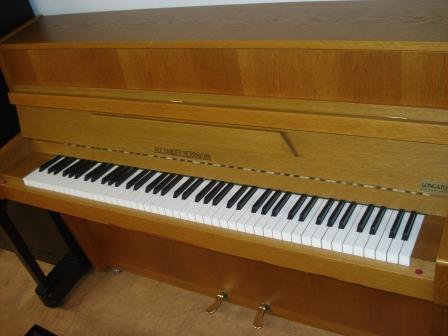 """""""ALEXANDER HERRMANN""""-PIANOFORTE TEDESCO-USATO-PIANOFORTI VENEZIA/VENETO_GARANZIA.."""