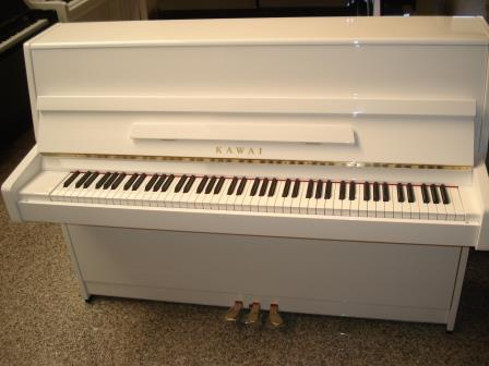 PIANOFORTE KAWAI-BIANCO LUCIDO