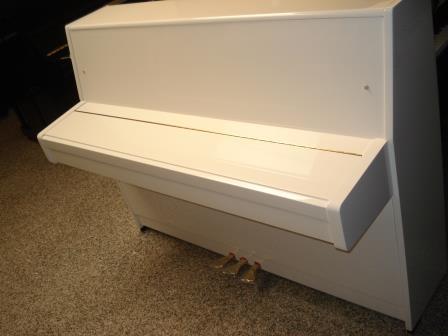 """PIANOFORTE KAWAI-BIANCO LUCIDO """"K-15E""""-CONSEGNA TUTTA ITALIA-PIANOFORTI ROMA-MILANO-TRIESTE-VERONA-VICENZA-ROVIGO-TREVISO-VENEZIA-PADOVA.."""