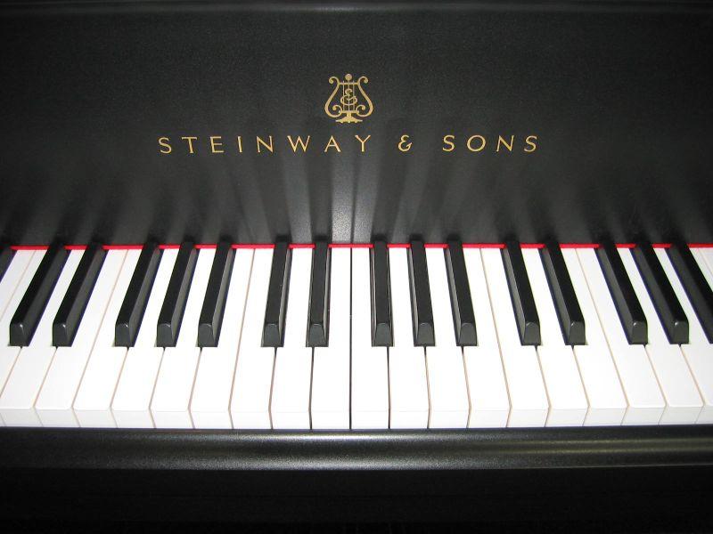 Steinway & Sons: pianoforti come combinazione di artigianalità e innovazione