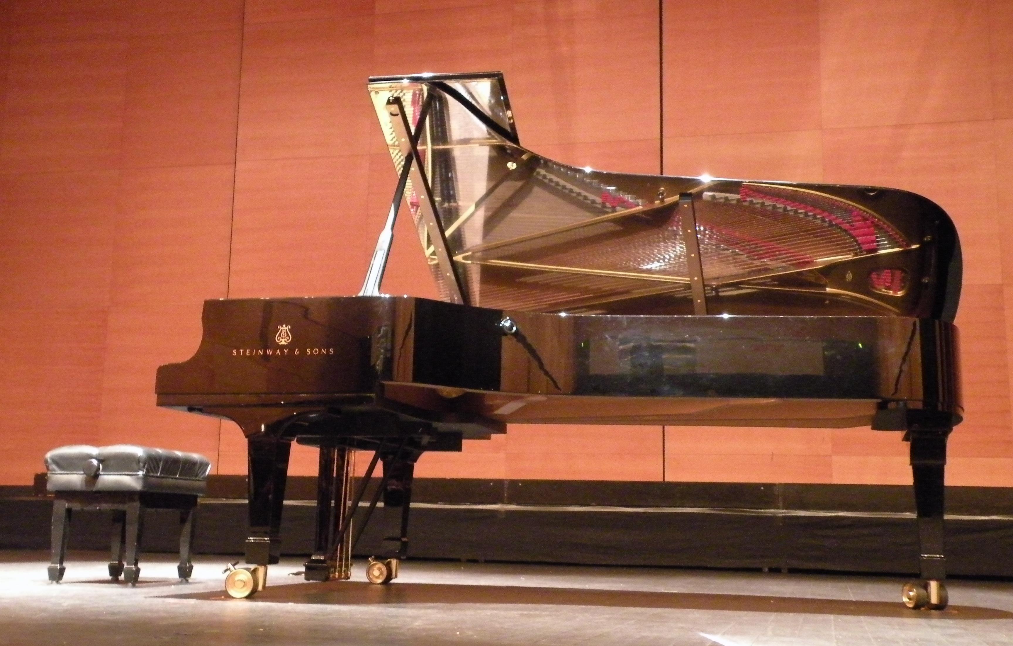 """PIANOFORTI A VENEZIA """"LONGATO PIANOFORTI""""- NOLEGGIO PIANOFORTI PER MATRIMONIO- SERVIZIO NOLEGGIO PIANOFORTI PER MATRIMONI- NOLEGGIO PIANOFORTI A CODA PER MATRIMONIO """"LONGATO PIANOFORTI""""- NOLEGGIO DI PIANOFORTI A CODA BIANCHI/NERI PER MATRIMONIO- NOLEGGIO E TRASPORTO PIANOFORTI- NOLEGGIO PIANOFORTI A CODA PER HOTEL A VENEZIA- NOLEGGIO PIANOFORTI A CODA PER RISTORANTI A VENEZIA- NOLEGGIO PIANOFORTI A CODA PER EVENTI A PADOVA- NOLEGGIO PIANOFORTI A CODA POER EVENTI A TREVISO- NOLEGGIO PIANOFORTI A CODA PER EVENTI A PORDENONE-"""